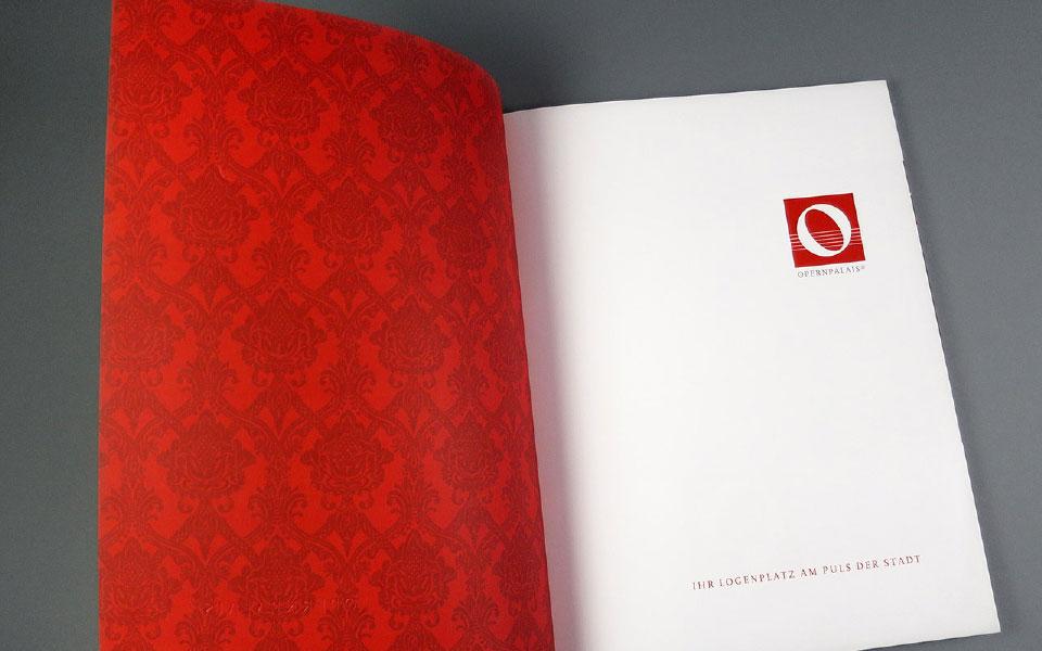 1 Opernpalais Innenseite Folder